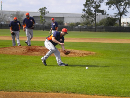 Josh Zeid fields a grounder.