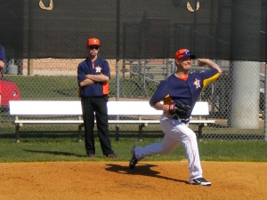 Erik Bedard throws on Friday